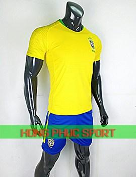 Áo tuyển Brazil sân nhà World Cup 2018 màu vàng