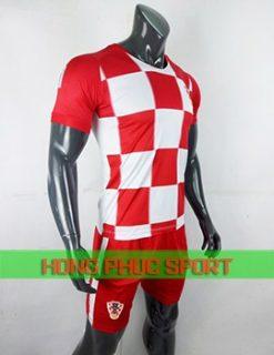 Áo tuyển Croatia sân nhà World Cup 2018 caro đỏ trắng