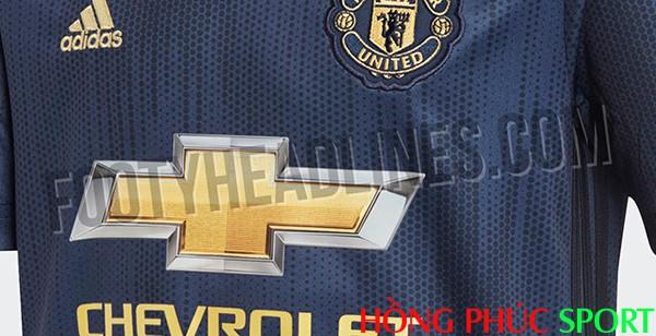 Ngực áo đấu Manchester United mẫu thứ ba 2018 2019