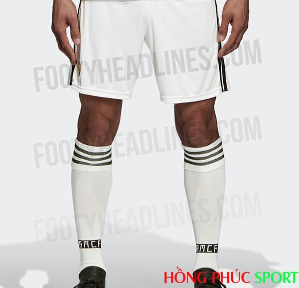 Quần và tất thi đấu của bộ áo đấu Real Madrid sân nhà 2018 2019