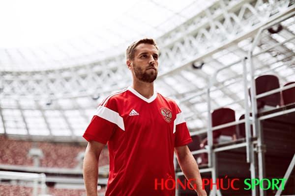 Mẫu áo đấu sân nhà đội tuyển Nga World Cup 2018
