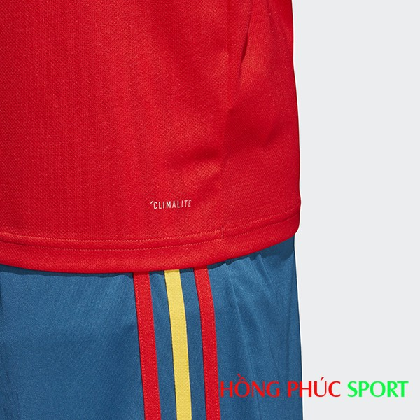 3 sọc màu Adidas lấy từ màu quốc kì Tây Ban Nha