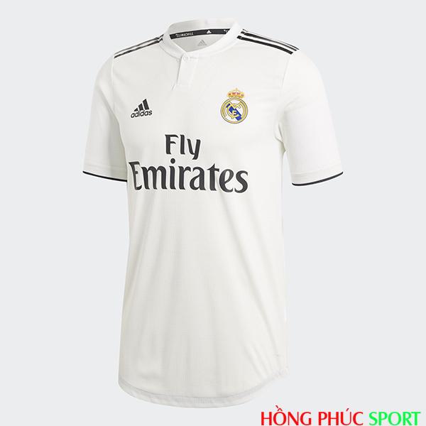 Mặt trước áo đấu Real Madrid mùa giải 2018 2019 sân nhà