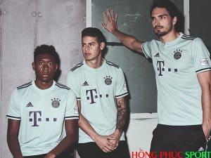 Công bố áo đấu Bayern Munich sân khách mùa giải 2018 2019