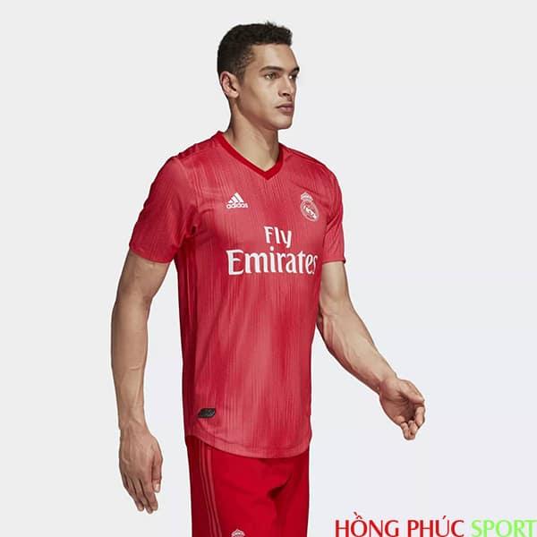 Bộ áo đấu Real Madrid thứ ba mùa giải 2018 2019