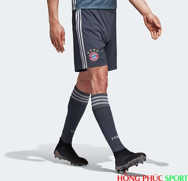 Quần và tất thi đấu Bayern Munich thứ ba mùa giải 2018 2019