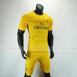 Áo bóng đá thủ môn Real Madrid 2019 2020 màu vàng
