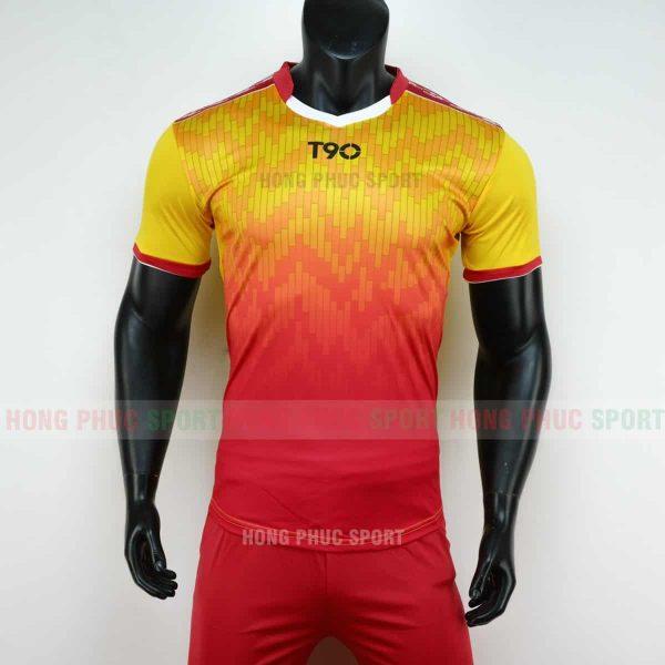 Áo đá bóng T90 màu đỏ vàng không logo 2019 2020