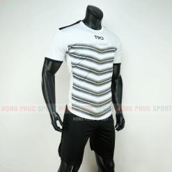 Áo đá bóng T90 màu trắng đen không logo 2019 2020