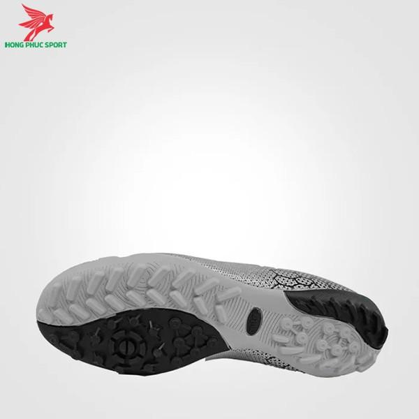 Giày đá bóng Mitre 181045 bạc 2