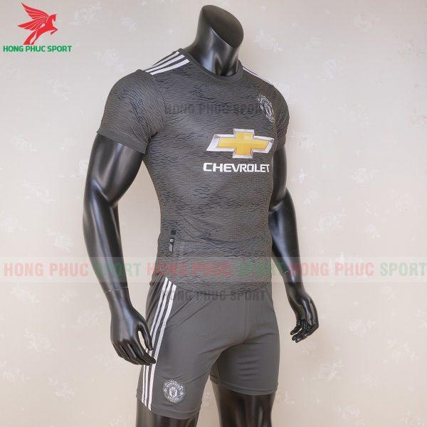 Ao_bong_da_Manchester_United_2020_21_san_khach_3