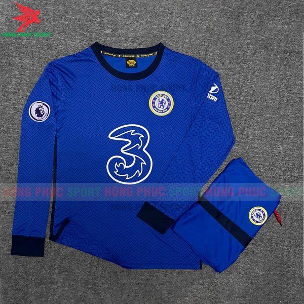 Ao-dai-tay-Chelsea-san-nha-2020