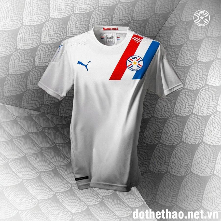 ao-dau-san-khach-Paraguay-Copa-America-2020