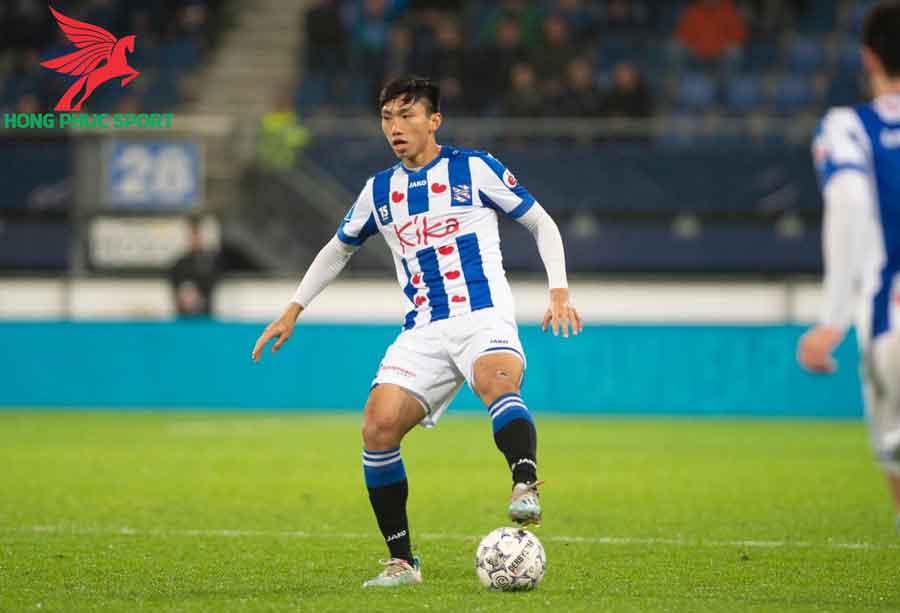 doan-van-hau-thi-dau-cho-SC-Heerenveen