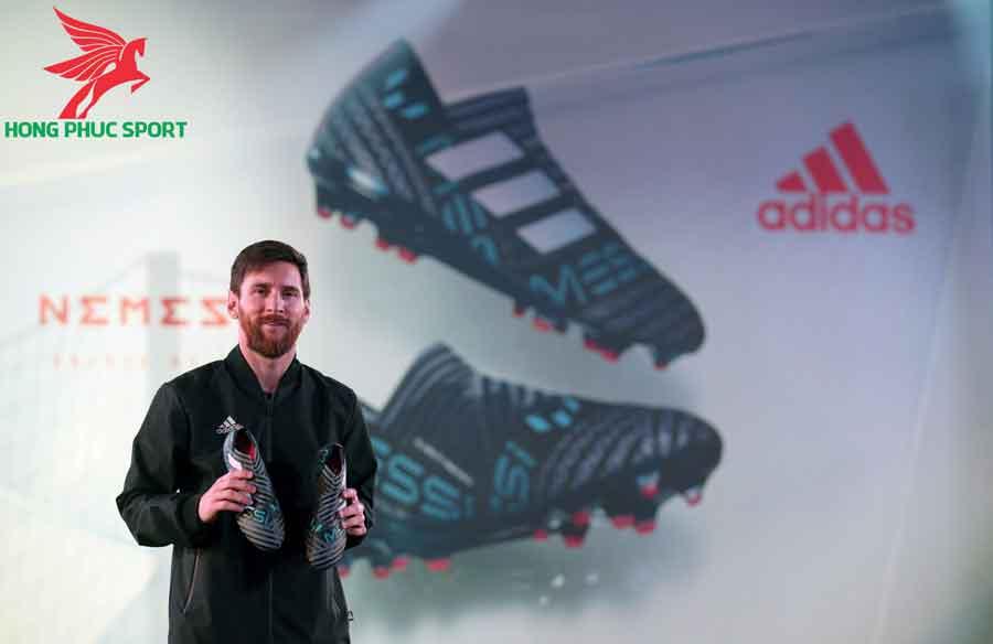 Messi-ky-hop-dong-voi-Adidas