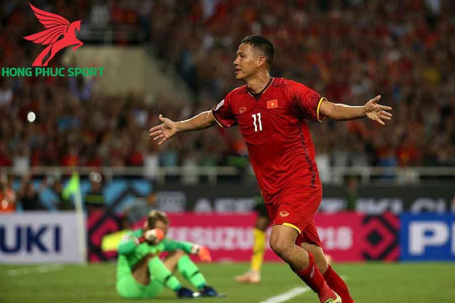 Nguyen-Anh-Duc-cau-thu-giau-nhat-Viet-Nam