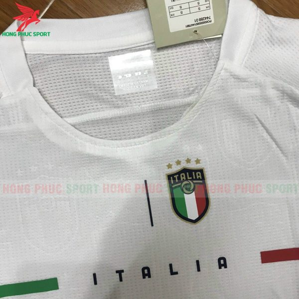 ao-tuyen-italia-2021-2022-san-khach-3