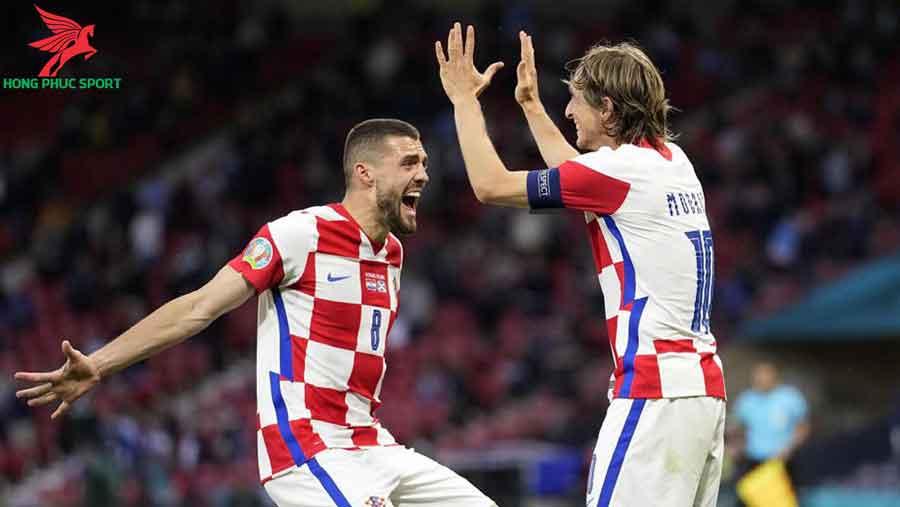 Croatia-vs-Tay-Ban-Nha-Euro-2020