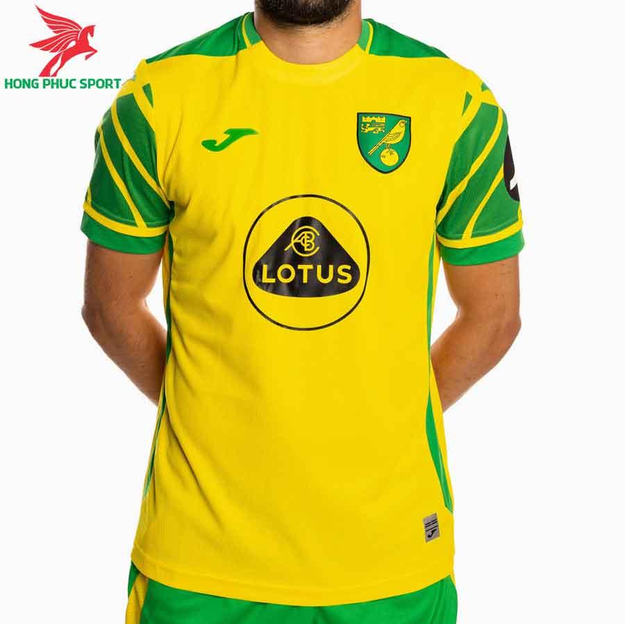 ao-dau-san-nha-Norwich-City-2021-2022