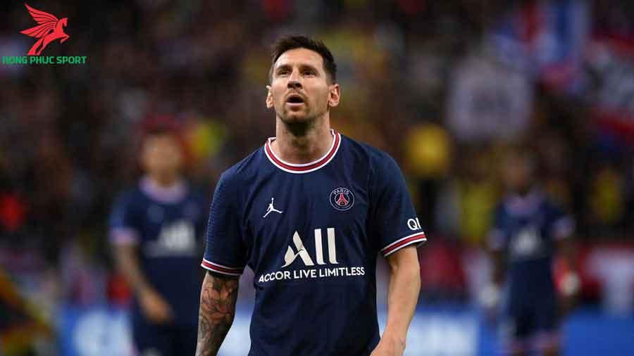 Messi-ra-mat-PSG-trong-tran-dau-voi-Reims